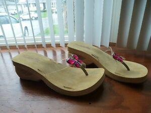 Sketchers Sandals