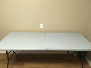 Folding table in great condition