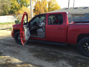 Reduced price 2012 Chevrolet Silverado 1500 LTZ Pickup Truck Moose Jaw Regina Area image 3