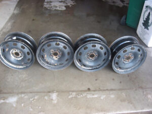 "15"" size 15 x 6 mounting 5-100 center bore 57 mm"
