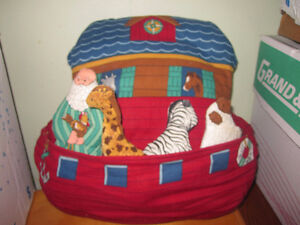 noah's ark soft toy pillow