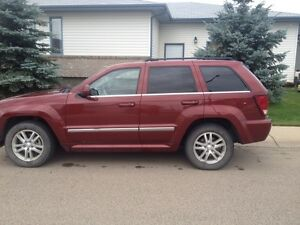 Hail damage2008 Jeep Grand Cherokee S Limited SUV, Crossover