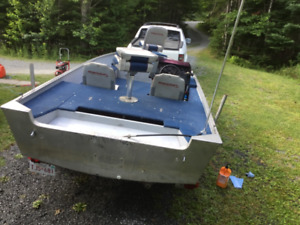 Center console 16.8 princecraft aluminumboat only