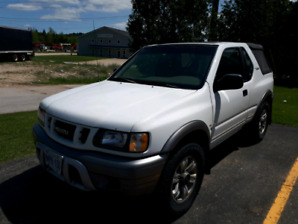 01 Isuzu Rodeo 4x4 Sport soft top