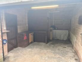 Large Garage to let
