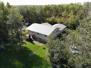 Acreage in Leduc County Home for Sale