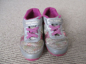 Girl's Stride Rite Sneakers - Size 13M (US) - Lilac