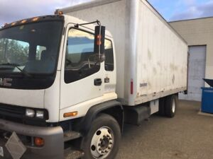5 ton 24 foot cube truck with job