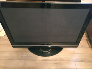 LG HD LCD TV Great Condition!