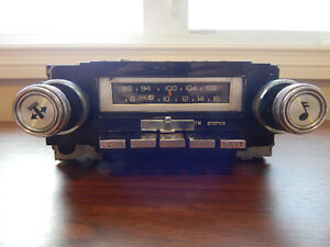 Vintage GM AC Delco 8 Track Player AM and FM Radio
