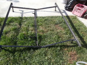 "1 bed frame steel for single 39 ""& Double 52""Queen''60 beds cen"