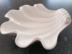 Shell shaped bowl Craigieburn Hume Area Preview