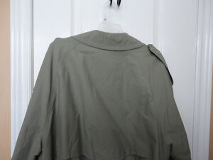 Bugatti men's trench raincoat jacket size 44 XL London Ontario image 9