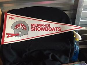 "30""L Memphis Showboats pennant"