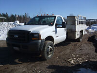 2006 Ford F-550 Truck