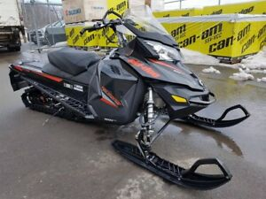 Skidoo RENEGADE BACKCOUNTRY 600 HO E-TEC  2015