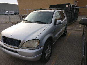 2000 Mercedes-Benz ML320 Parting out