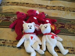 large collection of rear beanie babies