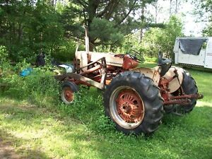 Case farm tractor with loader