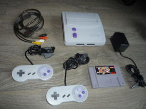 Super Nintendo Mini SNES Console 2 controllers Street Fighter II