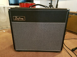 KUSTOM DEFENDER V50 guitar amp.New Condition!