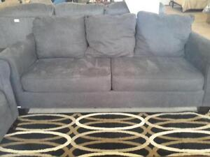 *** USED *** ASHLEY NOLANA CHARCOAL SOFA/LOVE   S/N:51203659   #STORE545