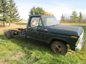 FORD F350 CAB & CHASSIS WITH 10' FRAME