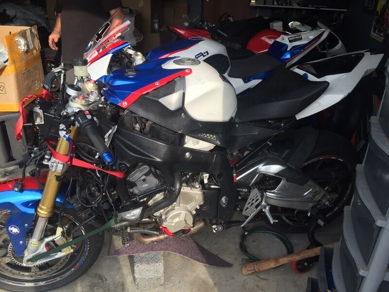 Bmw s1000rr (2010-11 spec.) stripping for spares