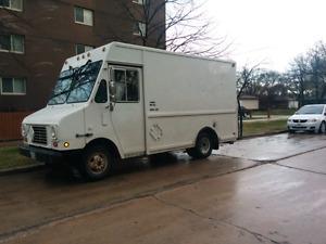 Must sell 1995 gmc Cushman van.