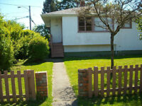 FOUR TO SHARE HOME IN ROCKLAND/OAK BAY AREA