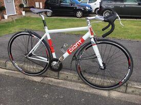 GIANT Bowery road bike fixed gear single speed race bike