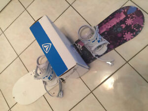 Girl's snowboard w/ boots and bindings