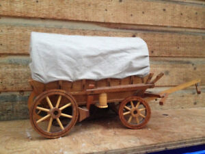 Awesome vintage covered stage coach lamp,