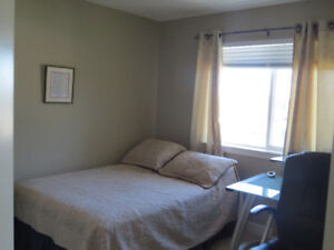 Clean, New 7 year old 3 bedroom house to share in Langford