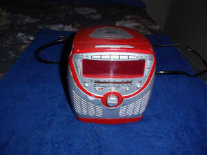 Small electric radio with CD player