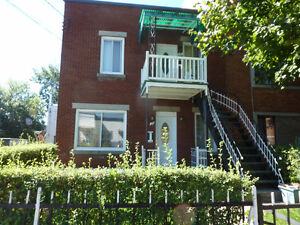 Lachine duplex-Renovationscompleted & Ready for occupancy