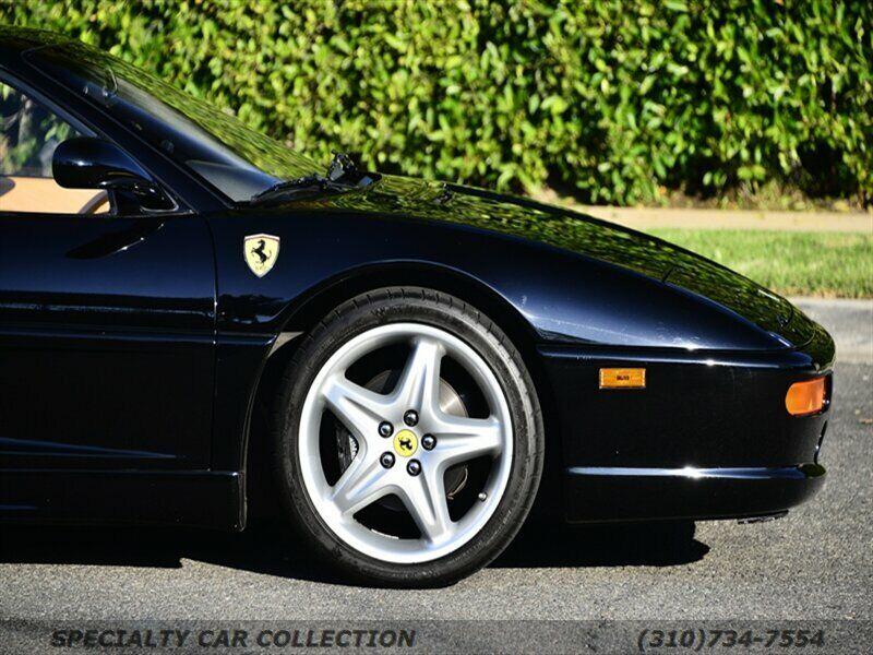 Image 8 Voiture Européenne d'occasion Ferrari 355 1998