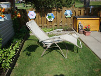 Outdoor Chairs & Lounger Chair