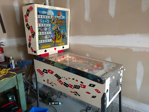 Recel Lady Luck Pinball machine for sale