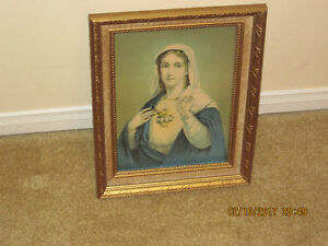 PICTURE OF HOLY MARY IN FRAME