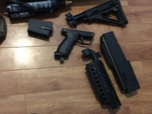 Tippmann X7 Phenom Mag Feed w tons of accessories Peterborough Peterborough Area image 5