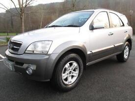 04/54 KIA SORENTO 2.5 CRDI XS 5DR 4X4 IN MET SILVER WITH SERVICE HISTORY