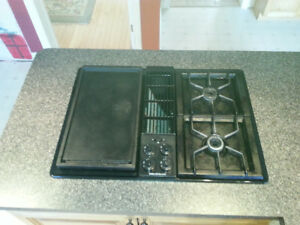 Gas downdraft cooktop by Jenn Air