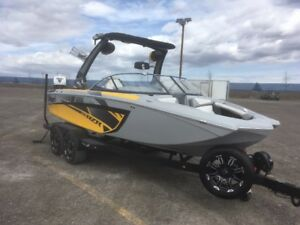 2017 Tige RZR boat and trailer