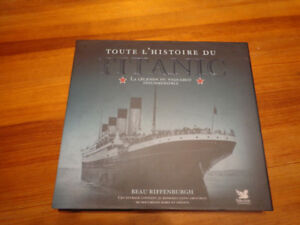 New Titanic Hardcover Book (French)