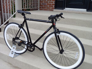**Neuf velo single speed fix fixie fixed gear bike