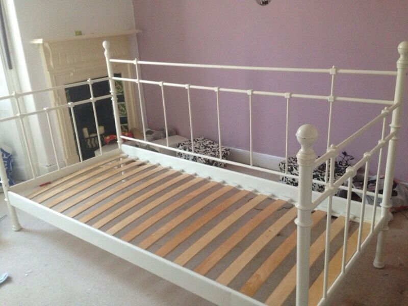 Ikea Hochstuhl Gulliver Preis ~ Single Day Bed Frame  in Perth, Perth and Kinross  Gumtree