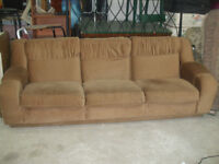 Clearing out Stock! Couch only $30 delivery is available