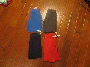 Boys Shorts Old Navy 4 pairs, size 5