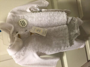 New 4 piece outfit size 0-3 months